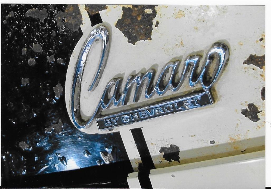 """1968-72 /""""PLYMOUTH/"""" Hood//Rear Deck Emblem"""